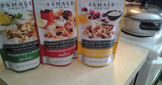 Sahale Snacks – Gluten-Free Flavored Nut Blends