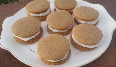 Easy Gingerbread Whoopie Pies