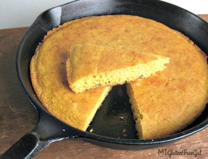 easy gluten-free cornbread in a skillet