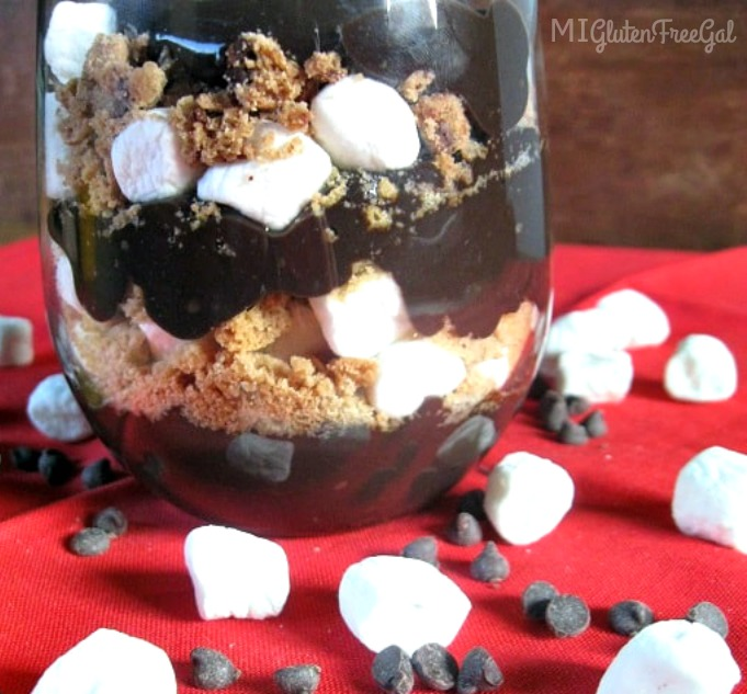 dairy-free gluten-free chocolate pudding with marshmallows