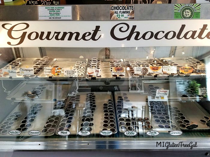 With over 20+ flavors, you'll find an Oh Mi Organics chocolate that you love!