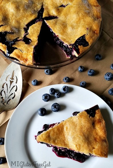 Share this beautiful grain-free blueberry pie with friends and family!
