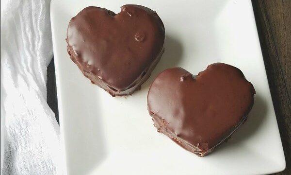 Gluten Free Valentine Snack Cakes