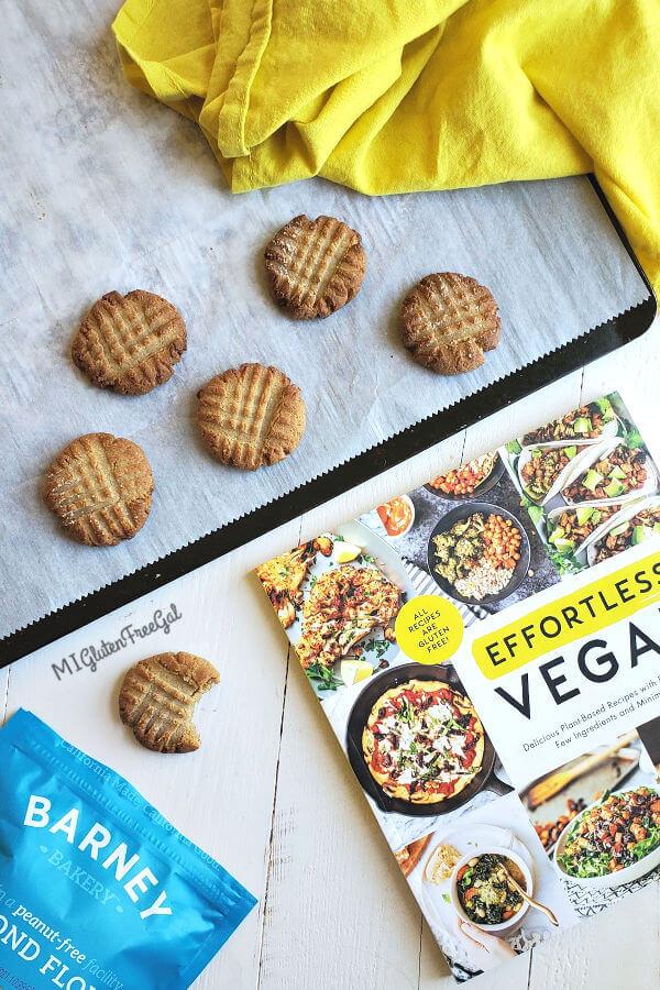 efffortless vegan ginger molasses cookies grain free